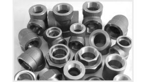 Carbon Steel Stainless Steel Pipes Fittings Flanges supplier in Mumbai